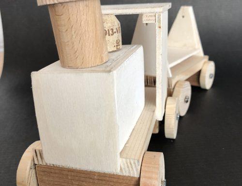 Holzfahrzeuge 2A – Werkerziehung